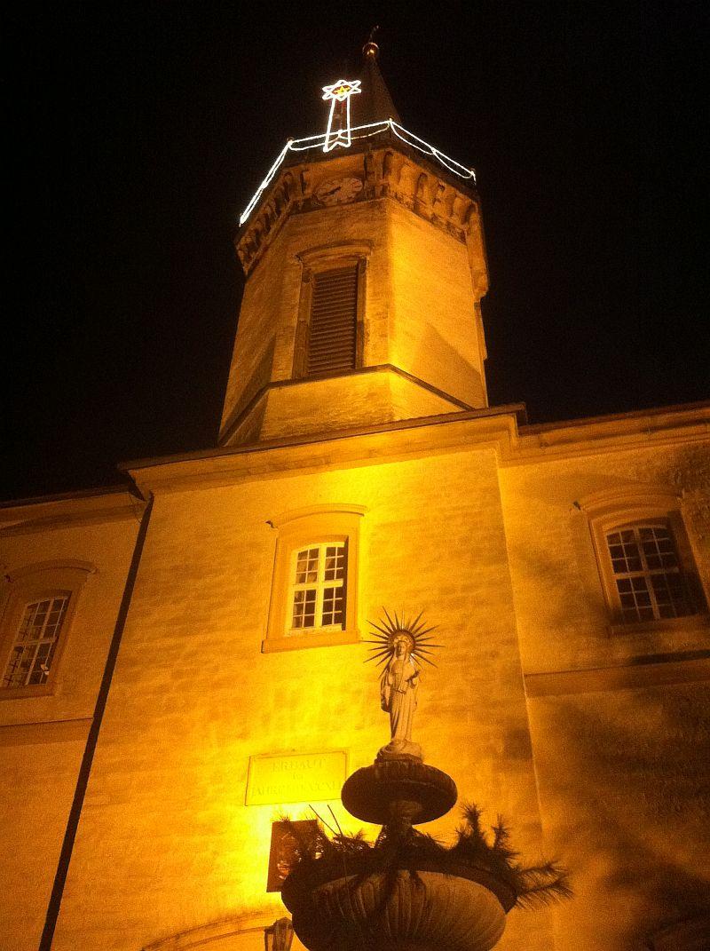kirche-beleuchtet